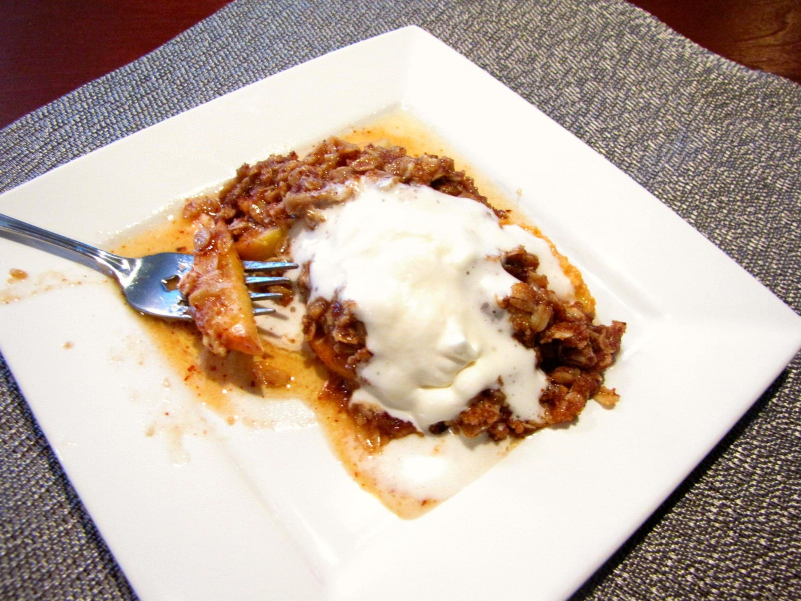 Slow Cooker Apple Pear Crumble