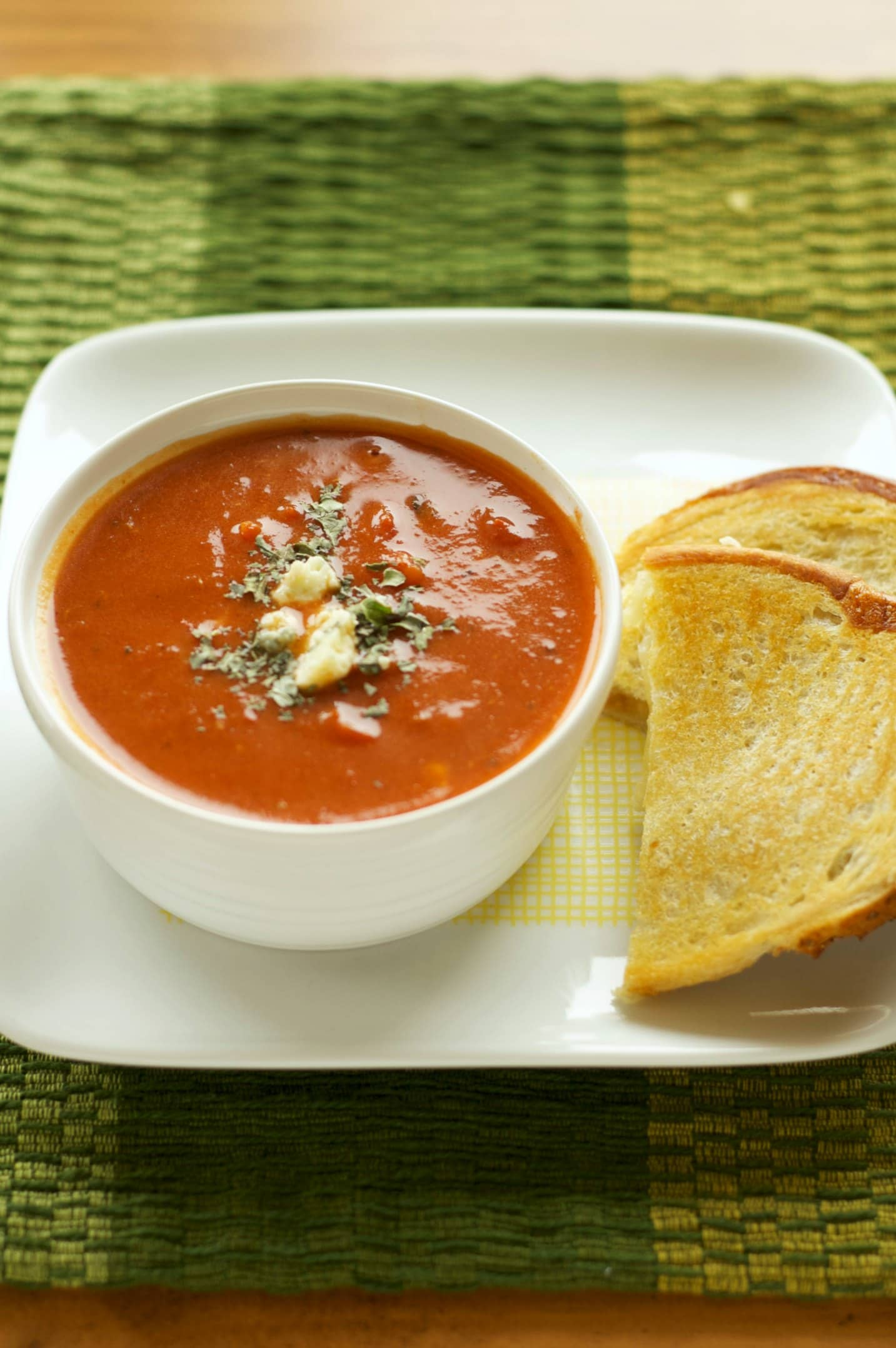 ... Fire Roasted Tomato and Creamy Gorgonzola Soup | Crockpot Gourmet