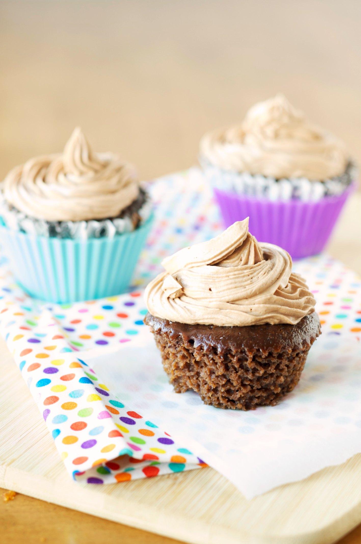Slow Cooker Dreamy Hazelnut Cupcakes