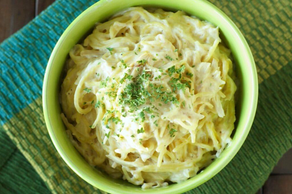 Slow Cooker Creamy Cheesy Chicken Spaghetti