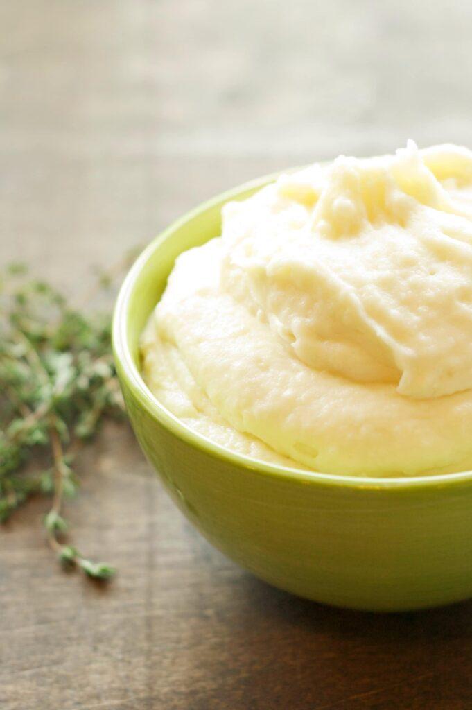 Slow Cooker Creamy Garlic Mashed Potatoes