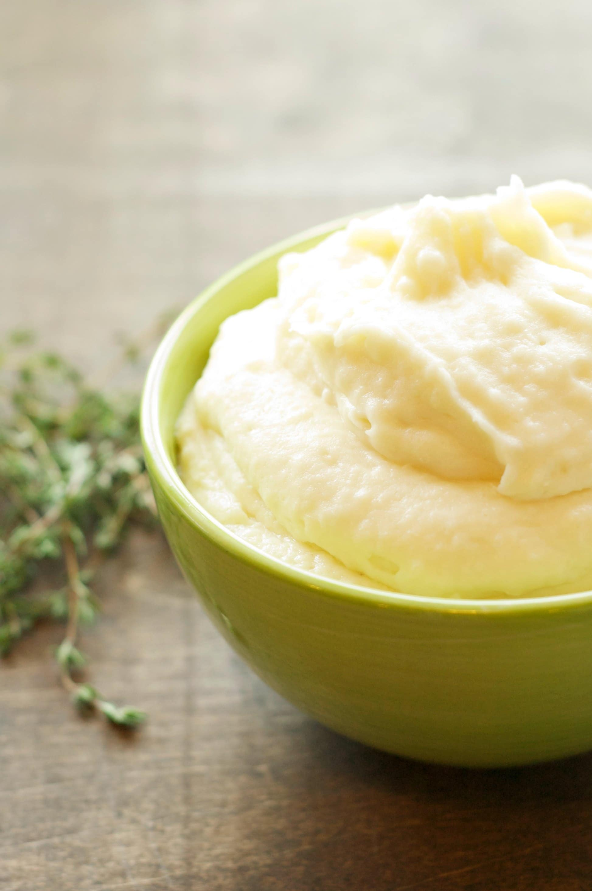 Crockpot Creamy Garlic Mashed Potatoes | Crockpot Gourmet