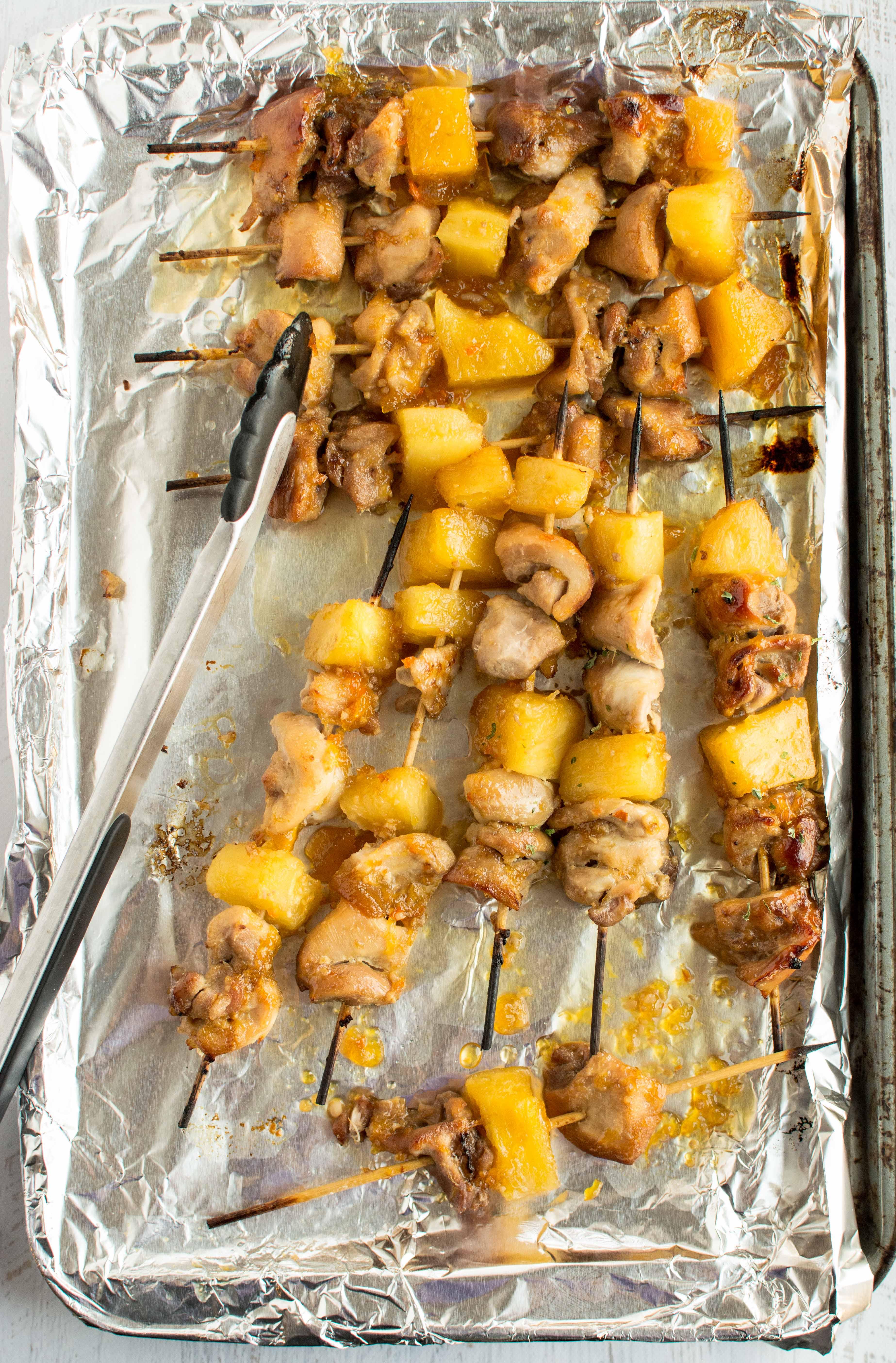 http://slowcookergourmet.net/2014/07/08/crockpot-cheesy-buffalo-chicken-pasta/