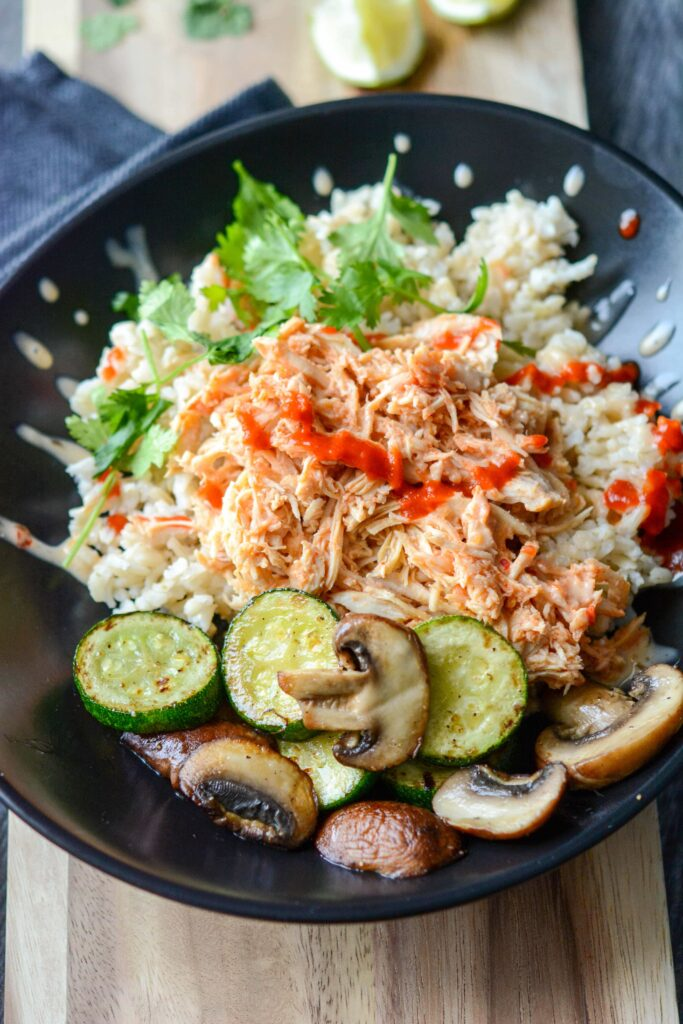 Slow Cooker Spicy Asian Chicken Bowls