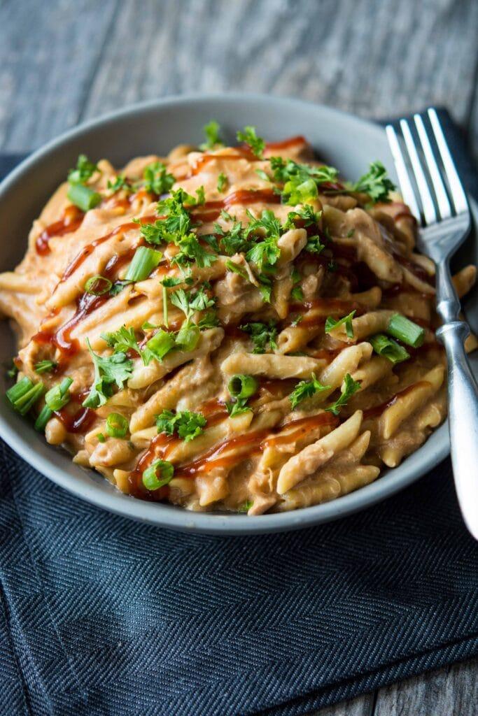 Slow Cooker BBQ Chicken Pasta