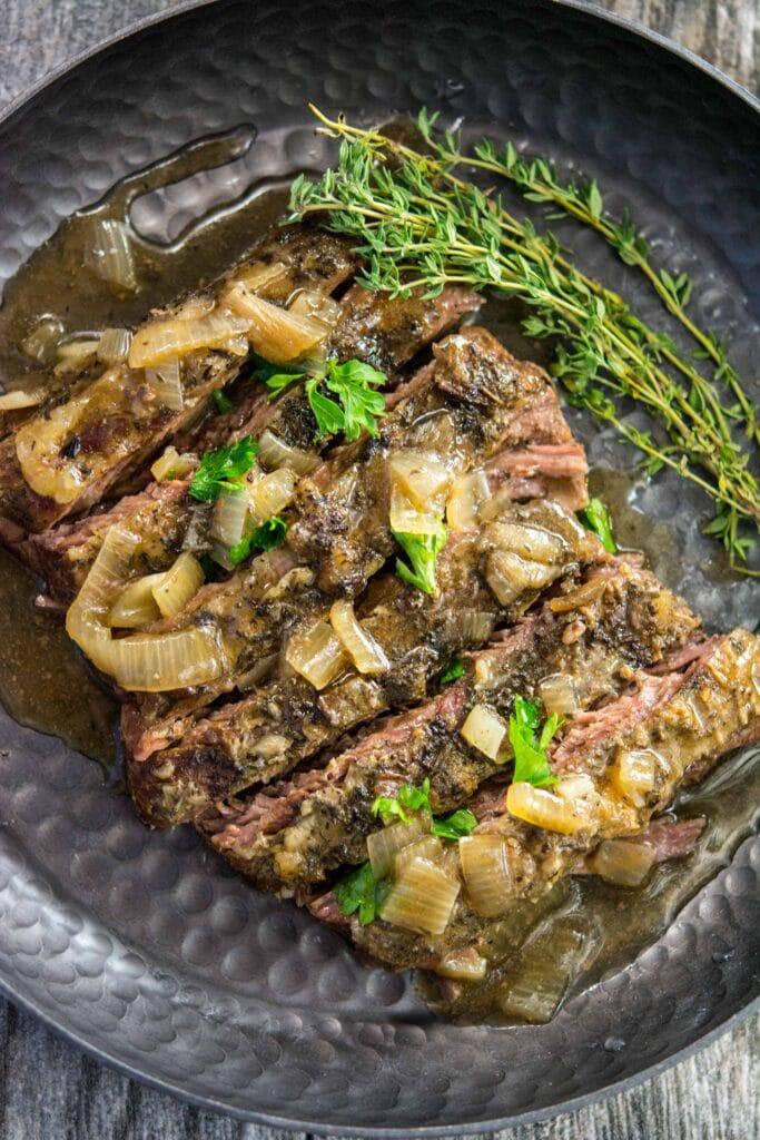 Skirt Steak with Shallot Gravy