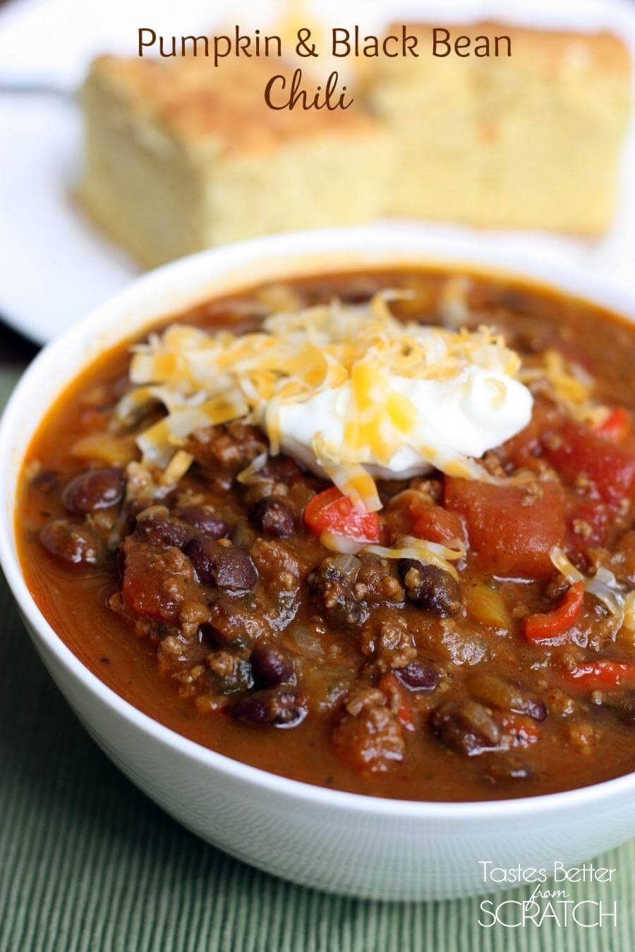 Slow Cooker Pumpkin and Black Bean Chili